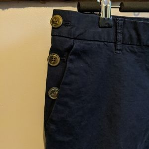 Tommy Hilfiger slim leg crop Khakis in size 8.